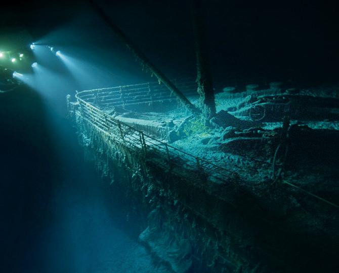 Submarine Lights for Titanic Documantary